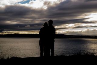 Couple-love-romantic-3880