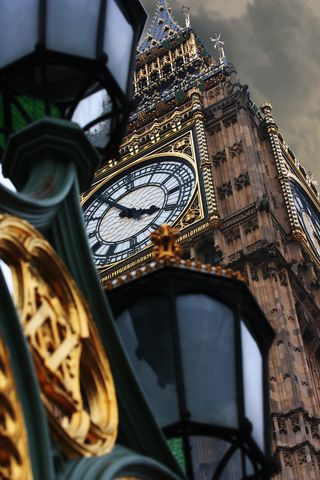 Big-ben-church-clock-2251